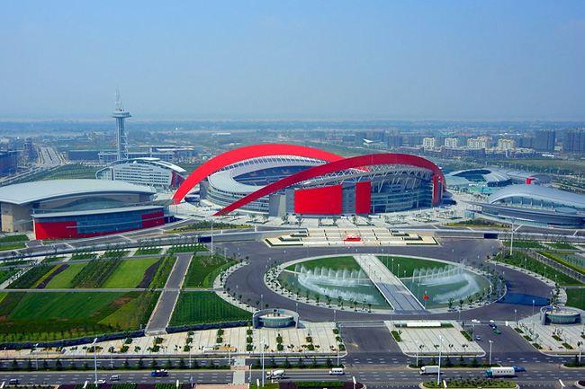 南京奥体中心使用双马建筑模板11万张
